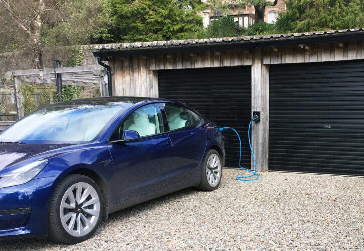 Sync EV Tesla blue